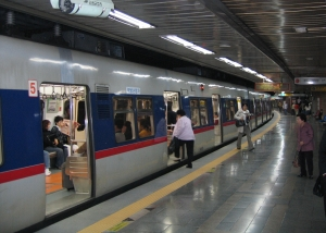 Subway_seoul_(xndr)